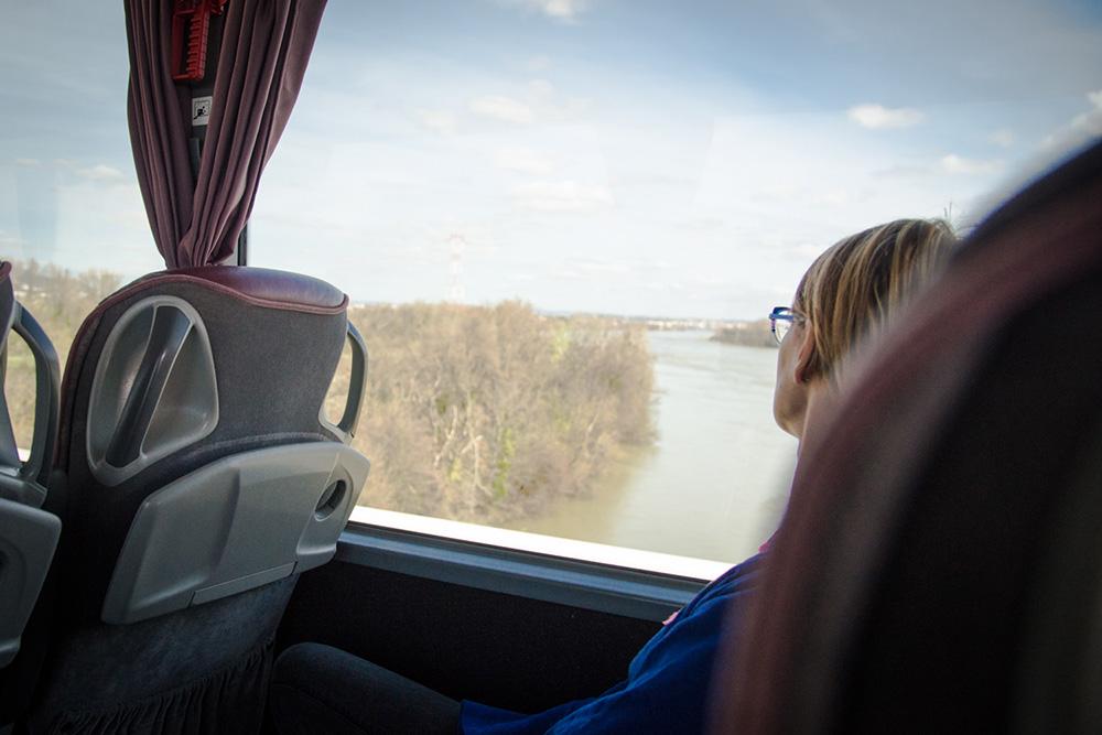 Voyageuse bus Galéo